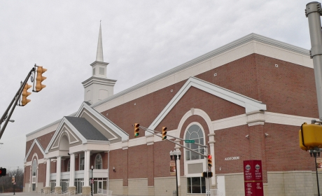 First Baptist Church Auditorium - Kwiatkowski Masonry  - Mason Contractor Northwest Indiana